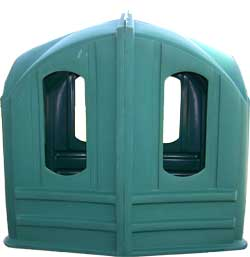 Hay Huts feeder for horses